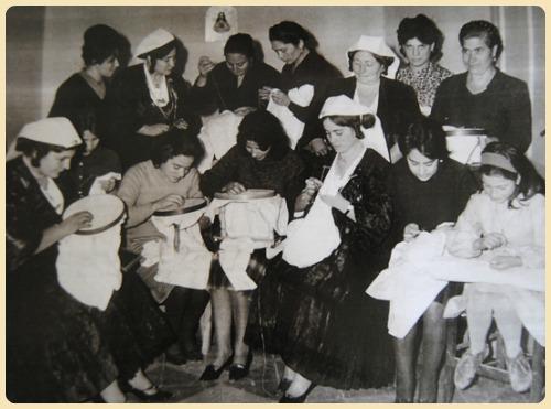 Matrimonio Rituale Romano : Young l inadeguatezza di essere una figlia femmina