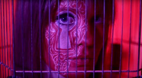 BraveModels Elizabeth Kinnear protagonista del video di Virgilio Villoresi